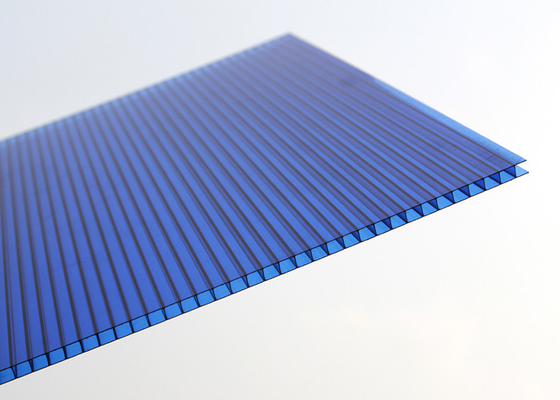 China Flame Resistance Polycarbonate Roofing Sheets High Light Transmission factory