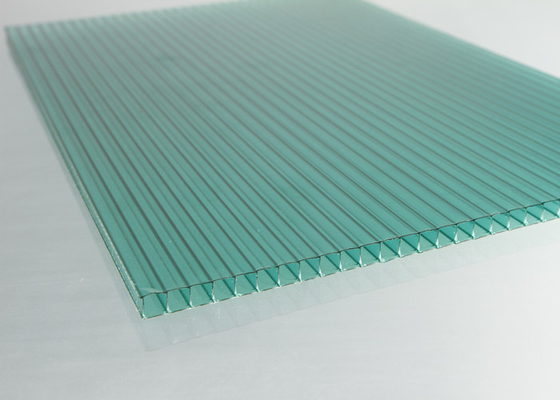 China Light Weight Polycarbonate Roofing Sheets For Bus Stop Shelter / Building  factory